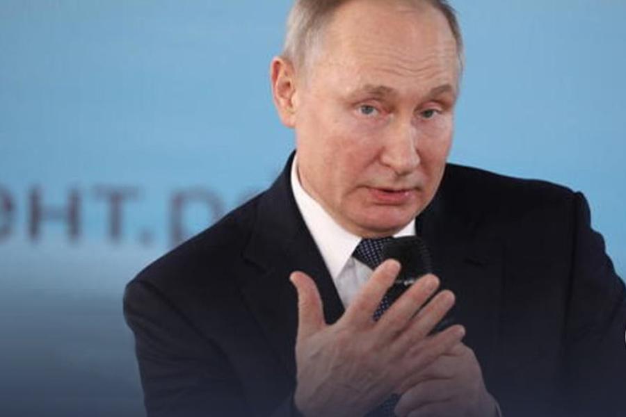 Microphone-Putin
