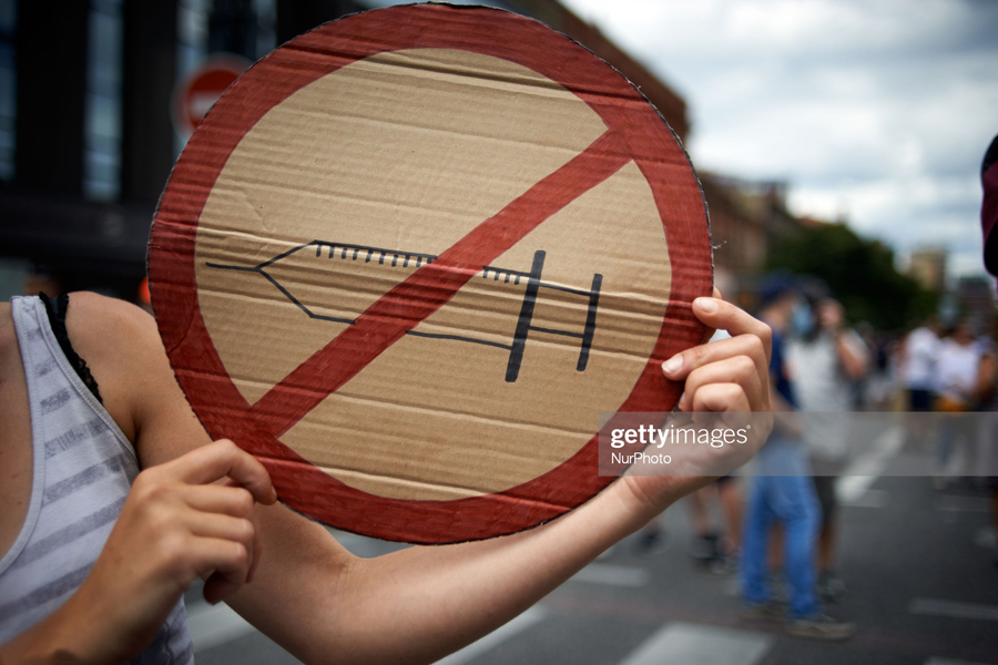 Vaccine-Protest