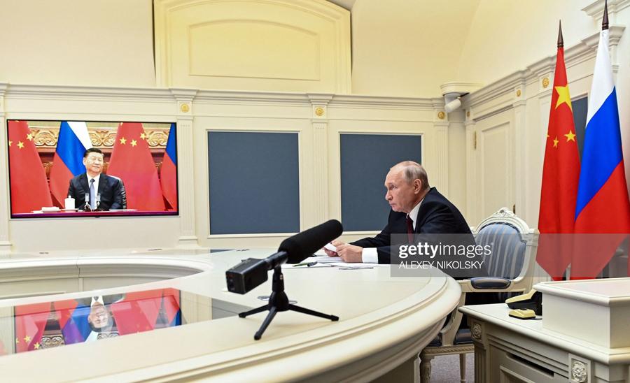 Xi Jinping at the Kremlin