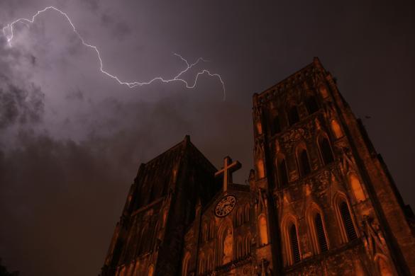lightning strike 1