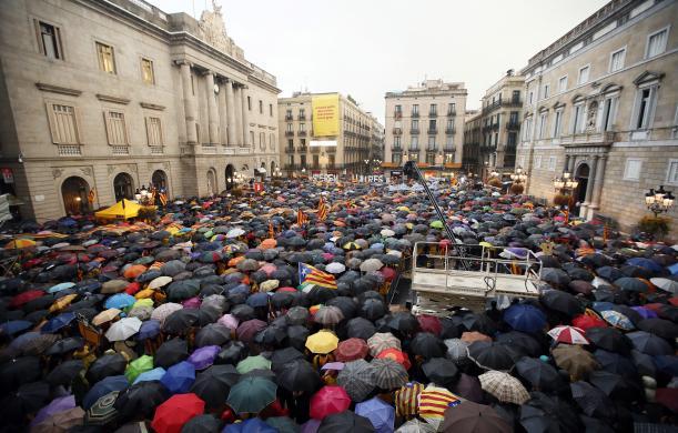 UmbrellaRevolution2