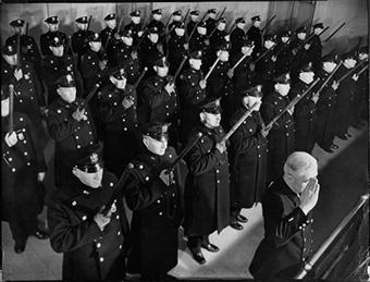 40-policemen