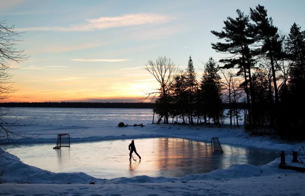 Pond_hockey2