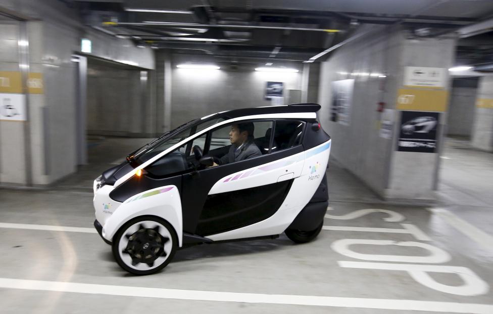 Toyota i-Road (2)