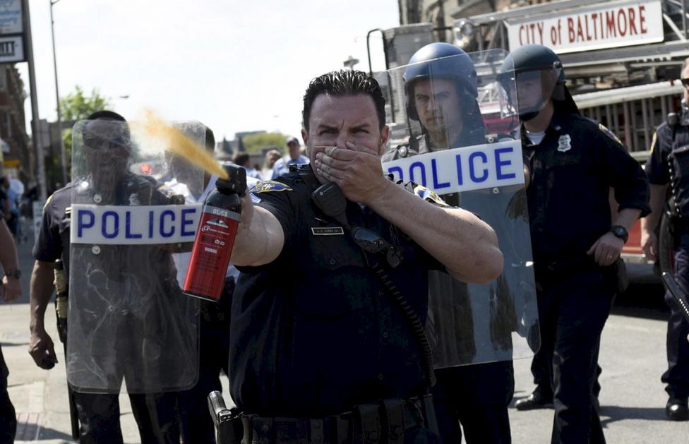 Police&Man2