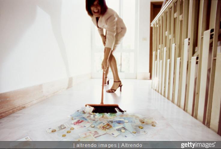 Money_on_floor