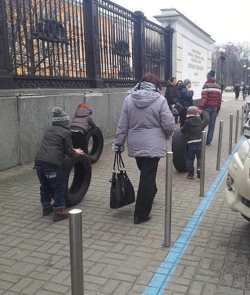 http://ic.pics.livejournal.com/a_nikonov/9673245/371366/371366_original.jpg