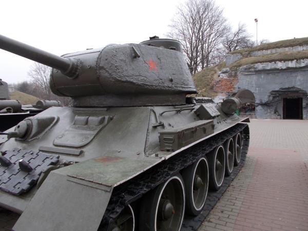 БК-танк-Т44-2-в