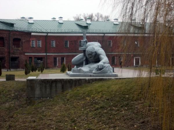 БК-памятник-жажда2-в