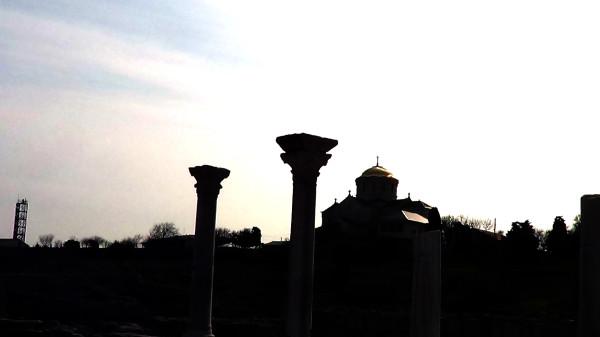 Базилика и храм