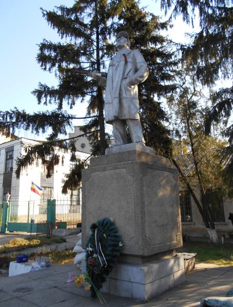 Ленин-из-Миусинска - копия