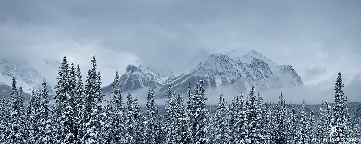 Канадские Скалистые горы. Район деревни Lake Louise.