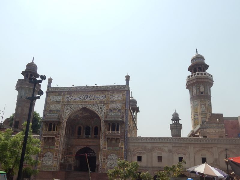 Wazir Khan Mosque (2).JPG