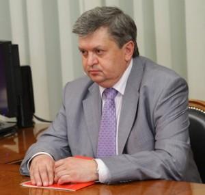 Alexander_Surinov,_June_2010