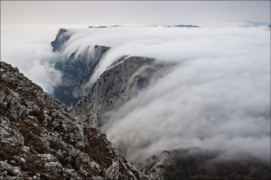 Облака водопады