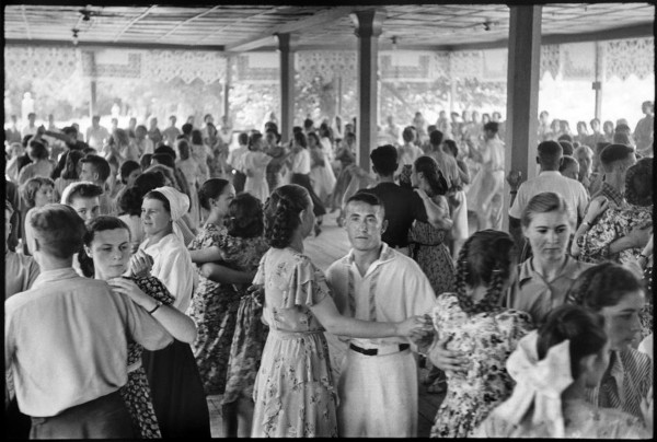 1 Картье-Брессон, Ташкент, 1954