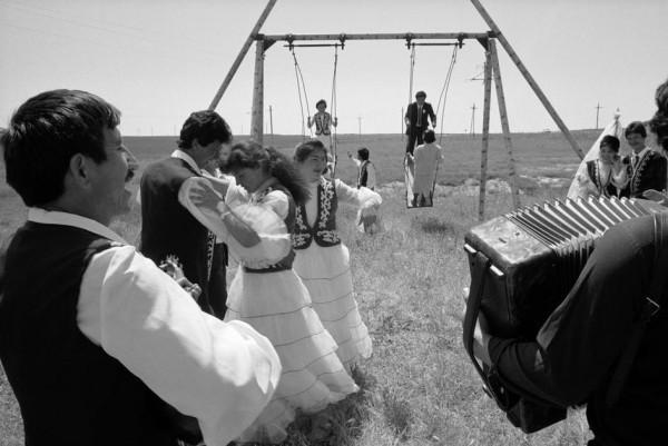 4 Джон Винк, 1987. Курорт расположен вдоль СССР - Ташкент-Чимкент дорога, где молодожены и война приходят, чтобы насладиться себя 2.