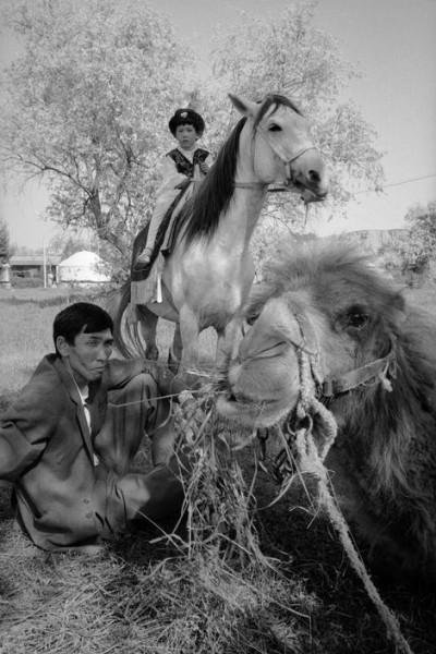 Джон Винк. 1987. Курорт, расположен ближе к Чимкенту