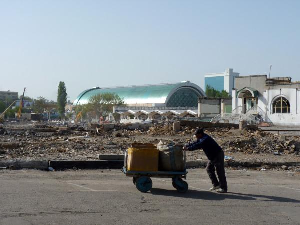 11. Снос части Алайского рынка, 2011 год 4