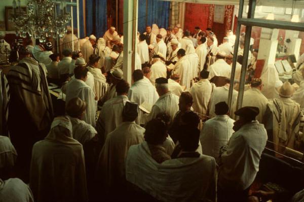 2 Пинхасов, синагога на Чкалова, секция для мужчин, 1988