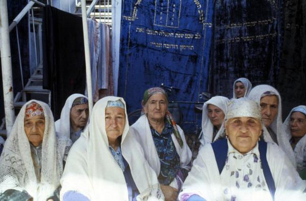 22 Пинхасов, Ташкент, синагога на Чкалова, женская секция, 1988