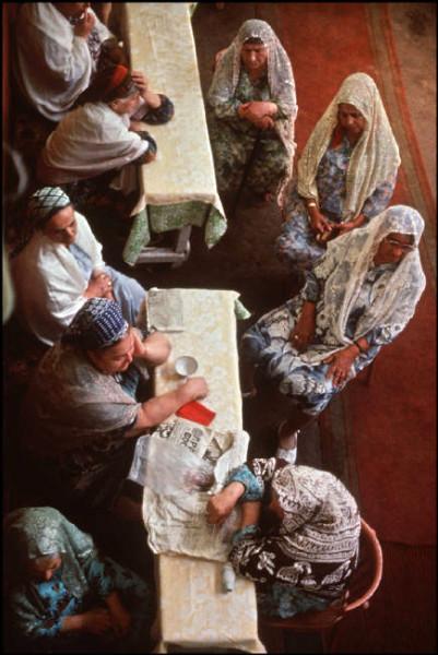 24 Пинхасов, Ташкент, синагога на Чкалова, женская секция, 1988 34