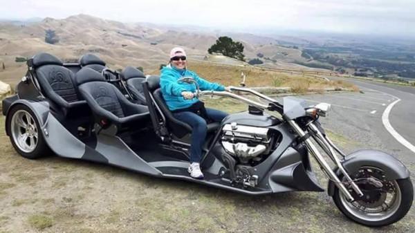 многоместный мотоцикл