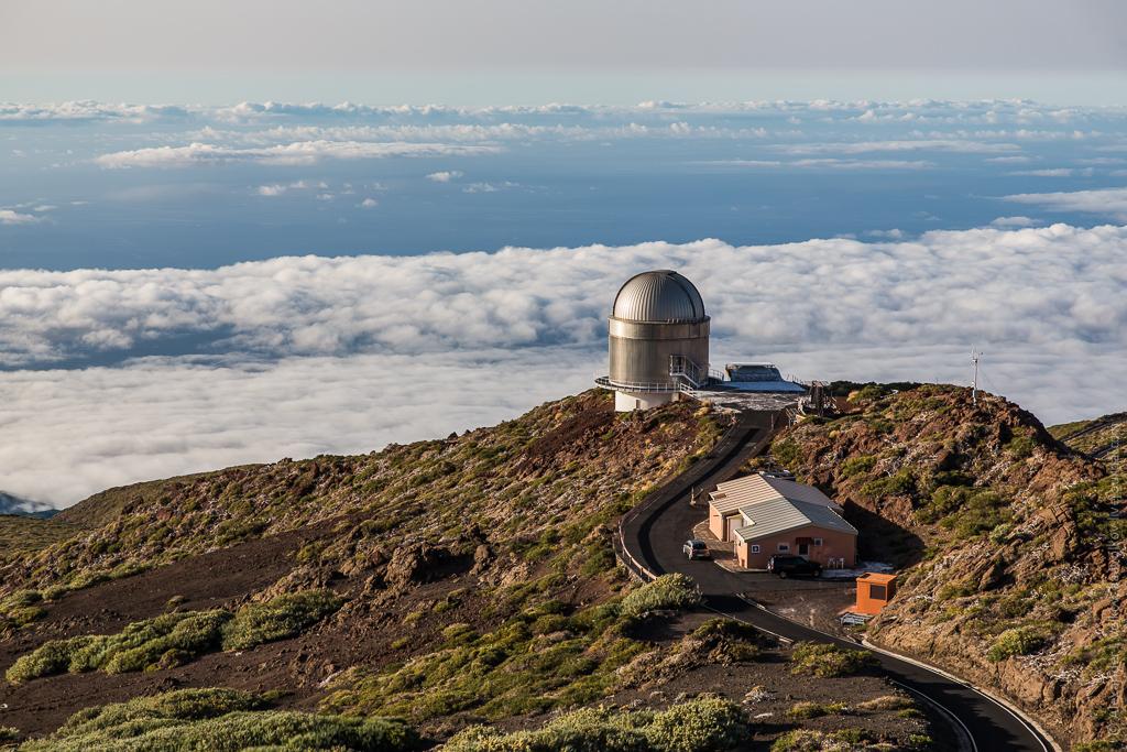 Самым красивый местом Ла Пальмы, ее визитной карточкой, безусловно является вершина острова - Roque de los Muchachos и расположенная здесь обсерватория