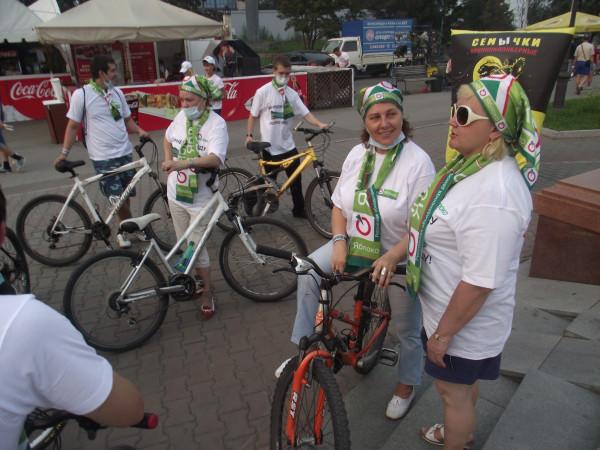 Первый «яблочный» велопробег в Красноярске (фото: Александр Колотов)