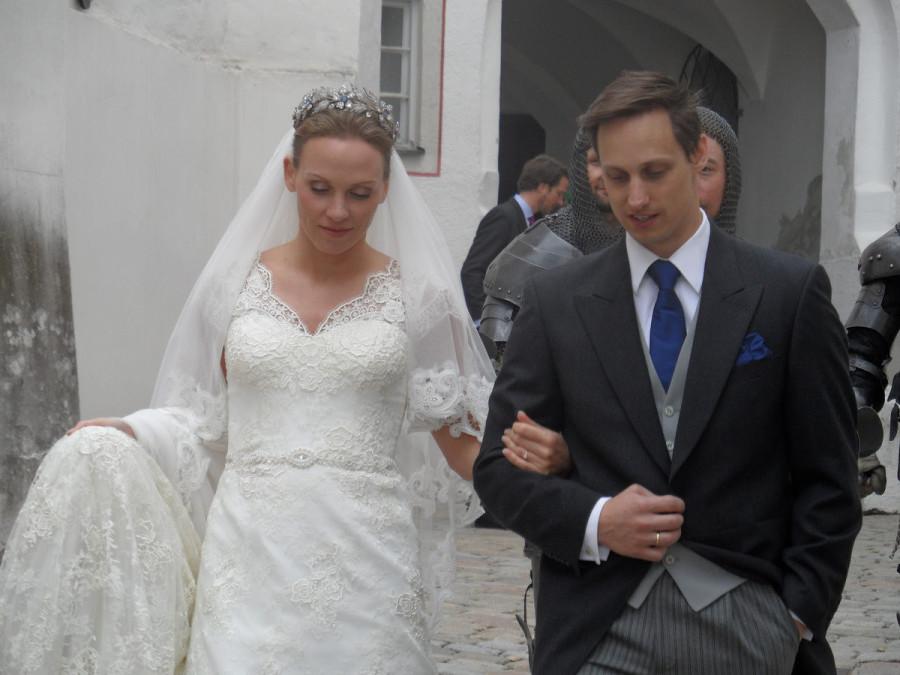 Аристократическая свадьба.