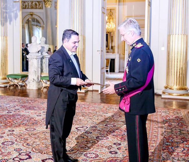 Король Бельгии Филипп принял верительные грамоты.