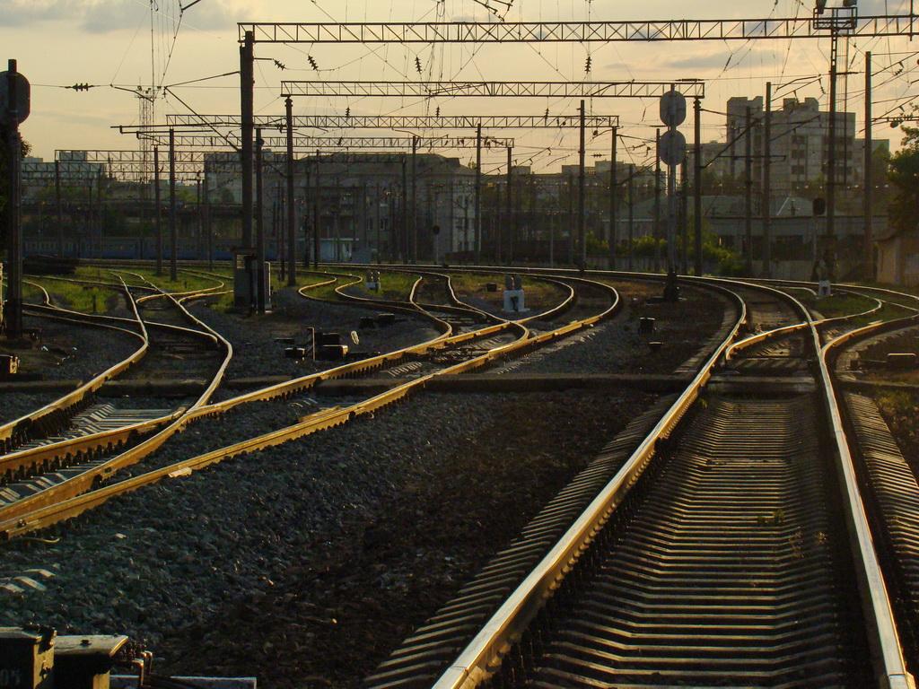железная дорога, Киев, вечер, фото