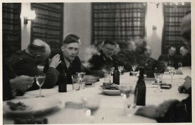 aushvic guards lunch