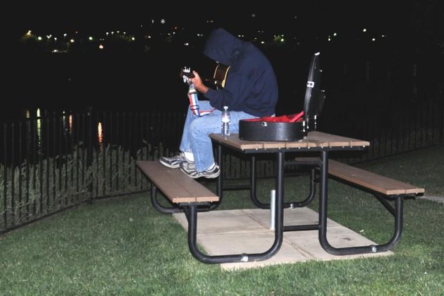 gitara night 1200