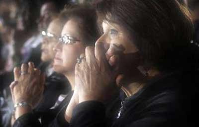 obama believers ladies