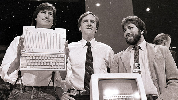 Jobs and Woz 1975