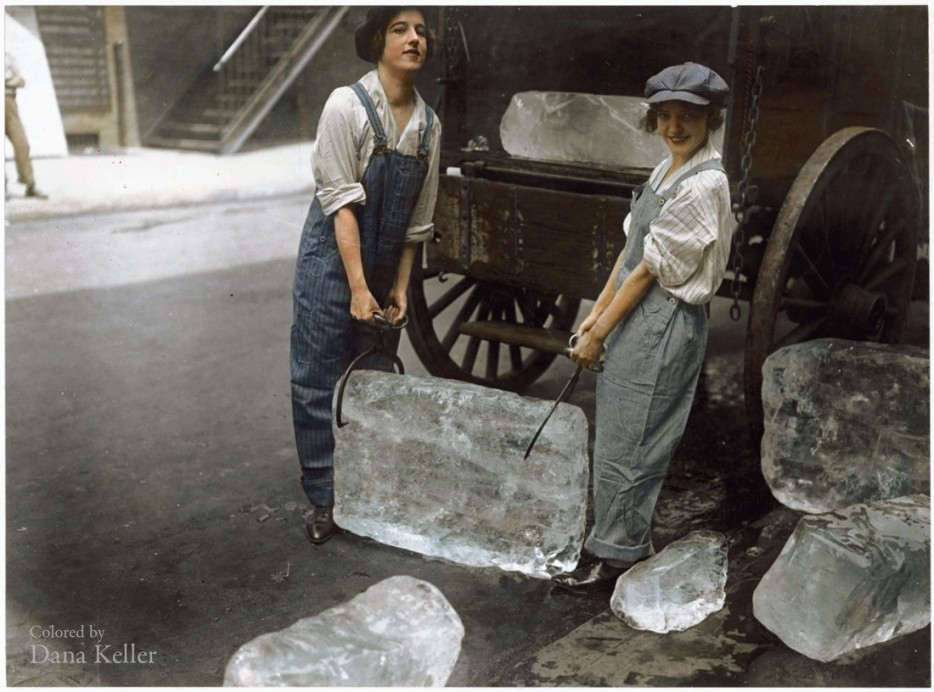 Girls_delivering_ice1918