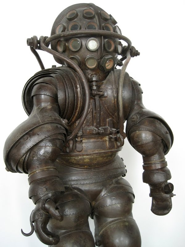 1882_Carmagnolle_Diving_Suit