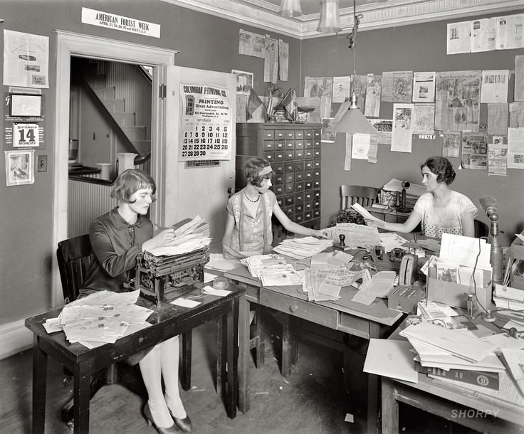 Office_Girls_1925_by_John_McNab