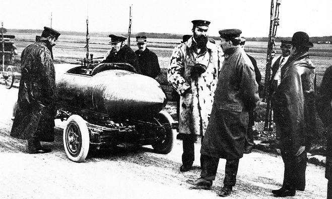1899_first_electric_car_100km_per_hour_Belgium