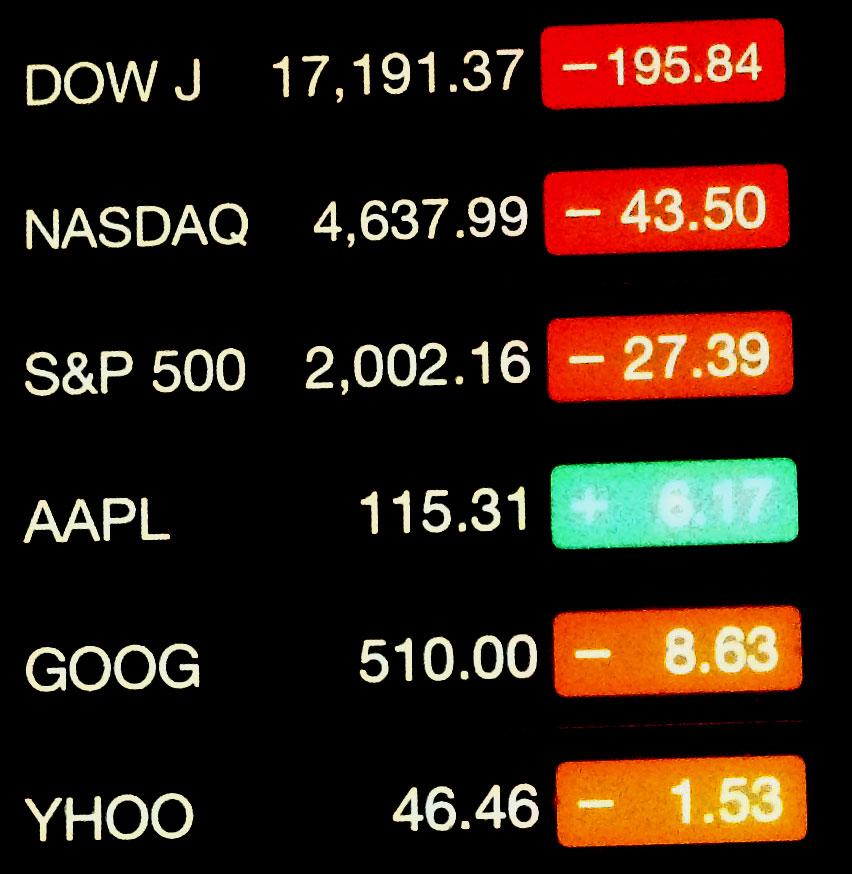 Apple_stocks_vs_all_other_stocks_012815_ed_2