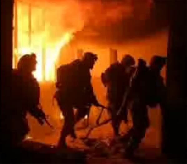 4 GIs inside burning building