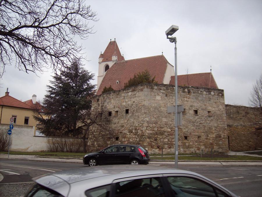 Айзенштадт. Городская стена