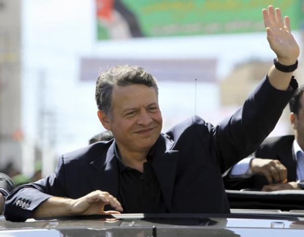 King-Abdullah-II-waving