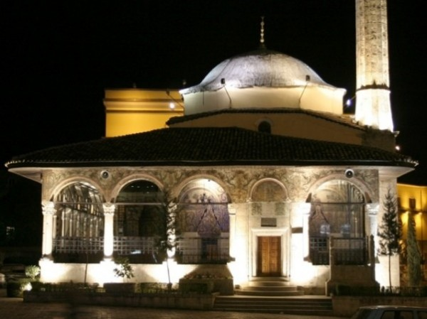 b_tirana_ethem_bey_mosque