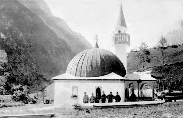 Mošeja-Log_pod_Mangartom4