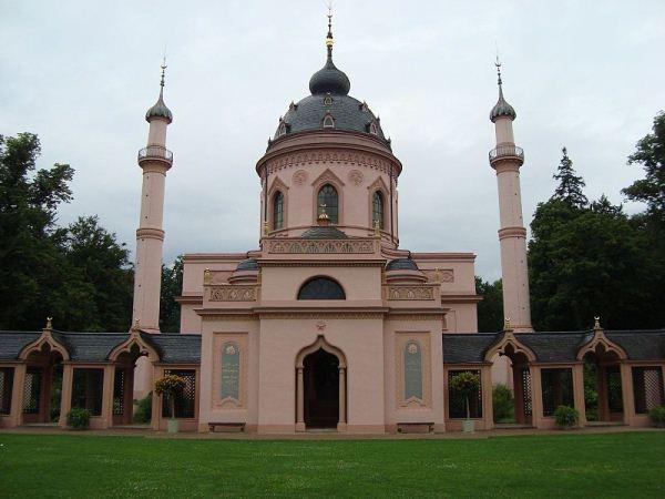 800px-Schwetzingen_Mosque