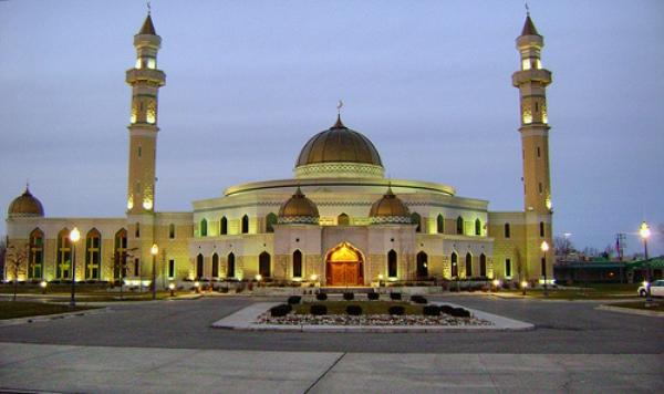 Islamic-Center-of-America-in-Dearborn-Michigan
