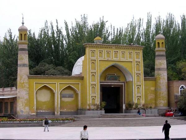 Ид Ках - праздничная — самая большая мечеть в Китае
