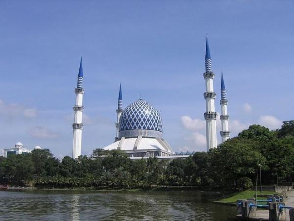 Голубая мечеть в Шах-Алам